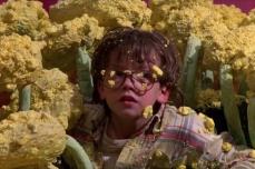 Pollen never looked so big.