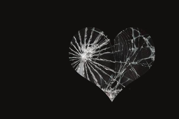 Ch. 86 Broken Window_Black